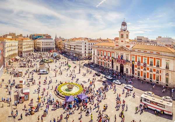 Alquiler de vehículos con Conductor Ciudad Madrid